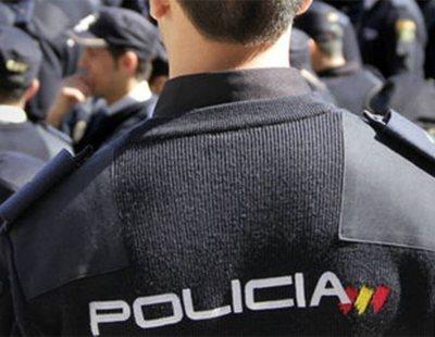 Un agente abusa sexualmente de una joven en comisaría y la Justicia le mantiene en activo