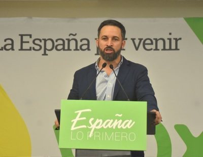 Hombre de 45 años con sueldos de más de 2.000 euros mensuales: así es el votante de VOX