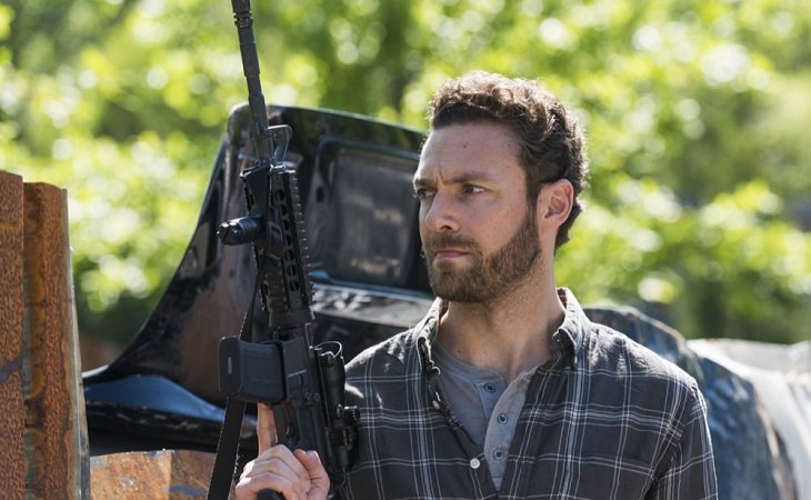 Ross Marquand como Aaron en 'The Walking Dead'