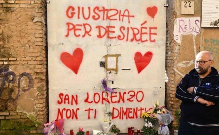 Un muro de la 'Casa de la droga' escrito en honor a la víctima