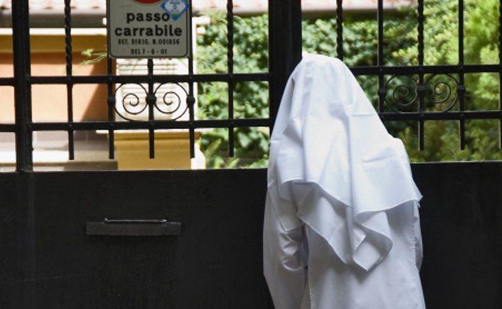 La monja ha sido expulsada del convento y repatriada a su país