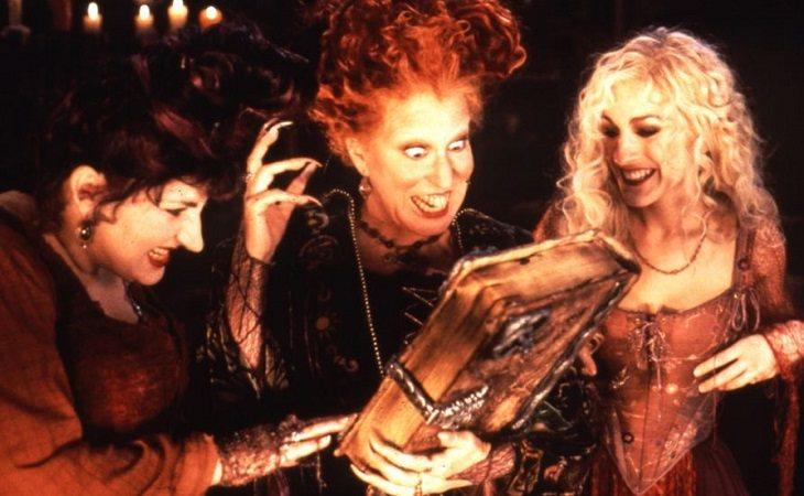 Las hermanas Sanderson y su adorado libro de conjuros
