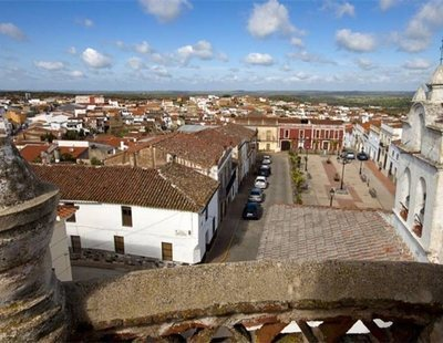 Zahínos, el pueblo más pobre de España pero donde se venden 'casoplones' por 30.000€