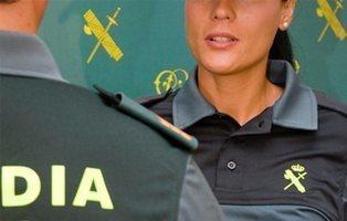Así es el día a día de la única mujer de la Guardia Civil que caza pederastas