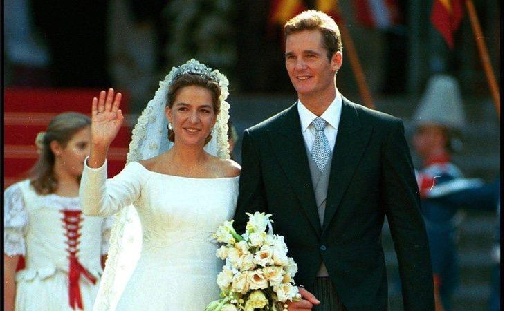 Contrajeron matrimonio el 4 de octubre de 1997