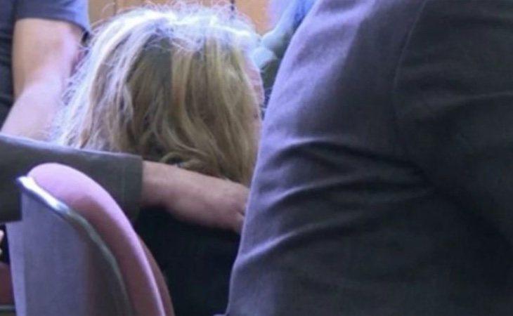 La menor, mientras testificaba durante el juicio