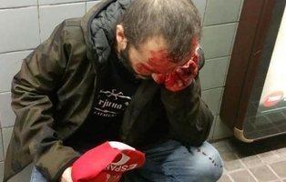 Salvaje agresión en el metro de Barcelona por llevar una bandera de España y símbolos nazis