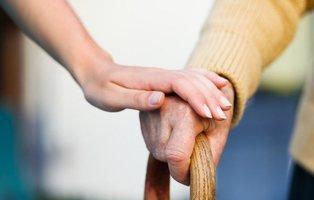 Un anciano ofrece 400.000 euros de herencia a la mujer menor de 37 que se case con él