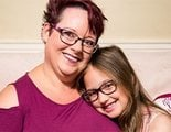 Critican a una mujer británica por amamantar a su hija de 9 años