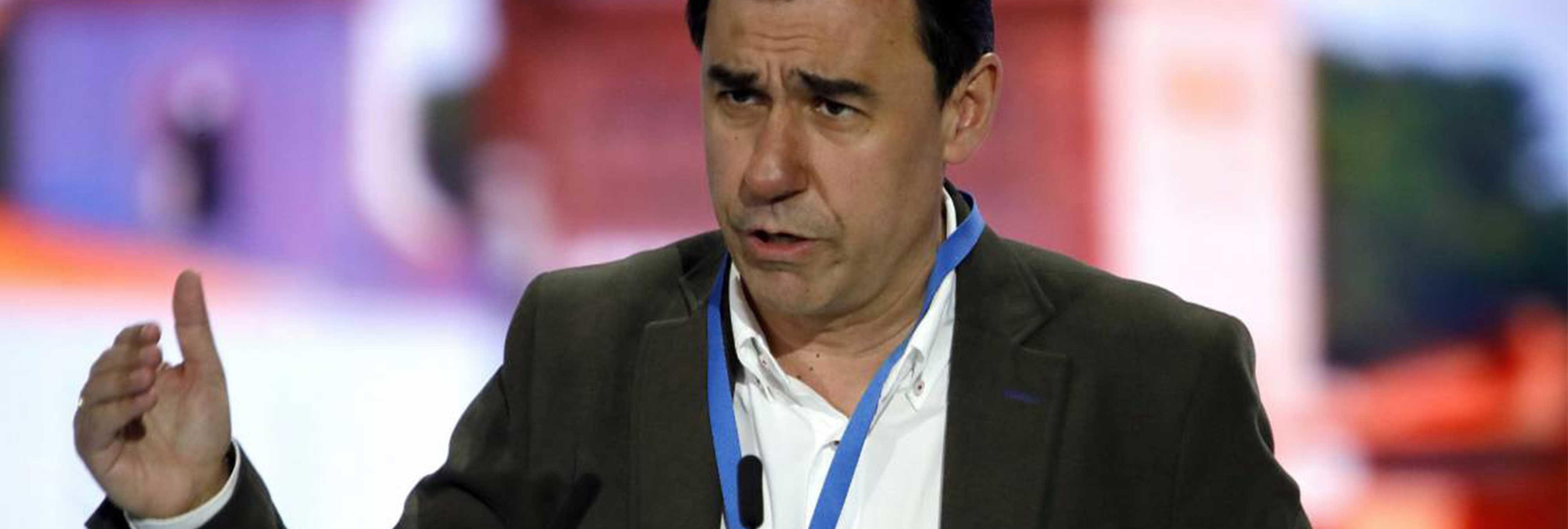 """El portavoz de PP pide que saquen """"cuanto antes"""" los restos de Franco"""
