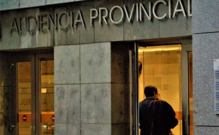 Fachada de la Audiencia Nacional de Oviedo