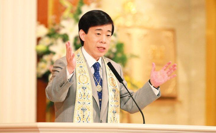 El líder de esta secta inspira su ideología en los preceptos del budismo