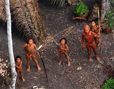 La tribu más aislada y agresiva del planeta, los sentineleses, asesinan a un nuevo turista