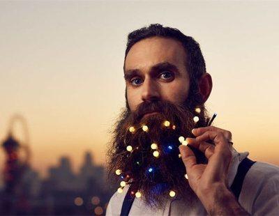 Llenarse la barba de luces de Navidad: la nueva moda 'hipster' que está causando furor