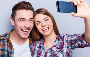 Un estudio afirma que las parejas que postean mucho sobre su relación son más frágiles