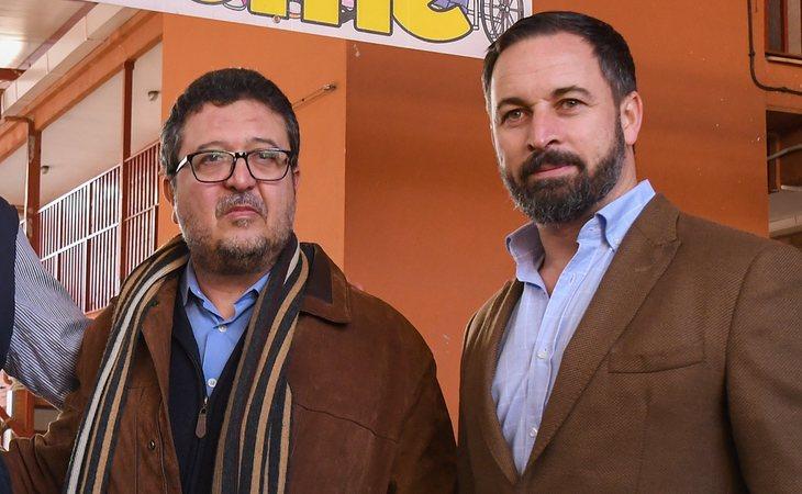 Francisco Serrano, candidato de VOX en Andalucía, junto a Santiago Abascal, líderl del partido