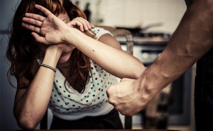 VOX desprotege a las mujeres maltratadas
