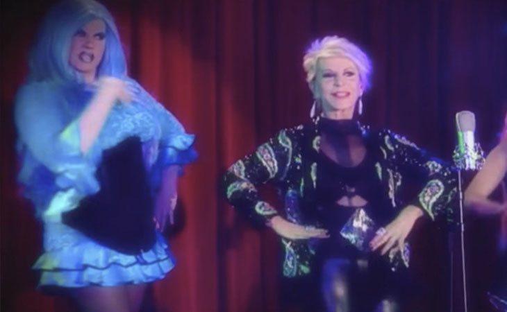 Pop Star Queen, Karmele, cantando