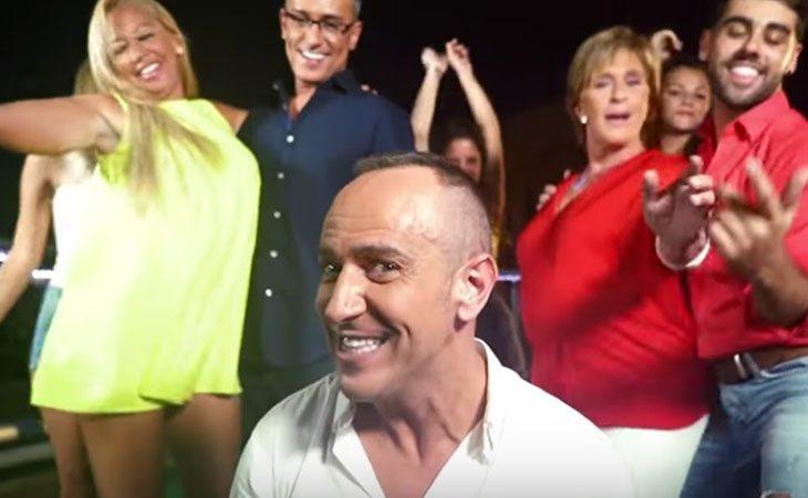 Víctor Sandoval en el videoclip de