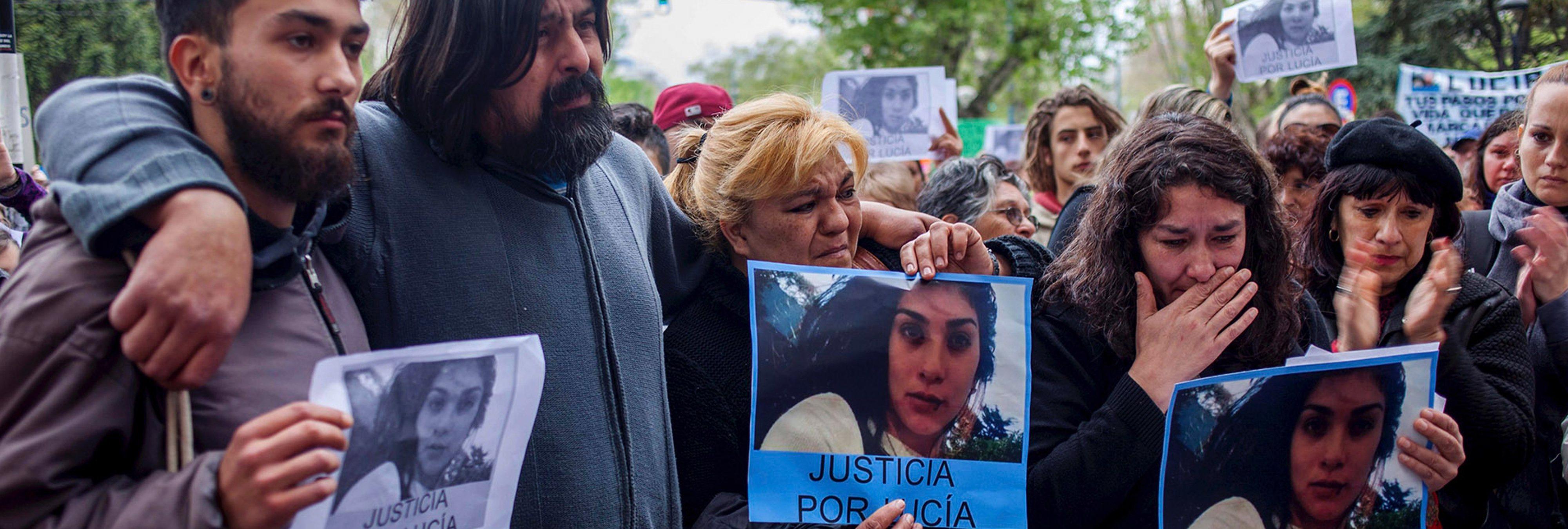 """Violada y empalada: los asesinos de Lucía son absueltos porque ella """"consintió"""""""