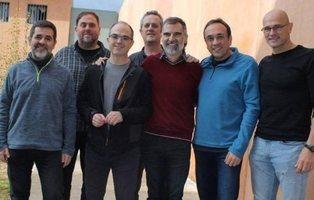 Los presos catalanes en huelga de hambre podrían estar bebiendo batidos nutricionales