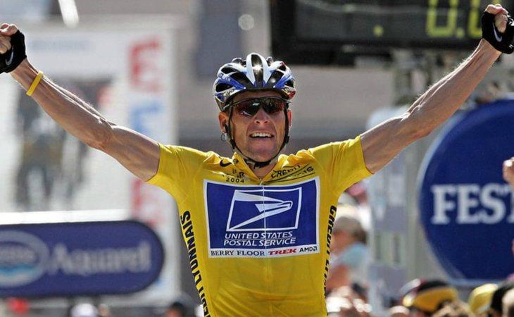 Lance Armstrong superó un cancer testicular con metástasis