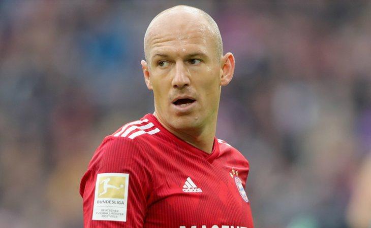 Arjen Robben abandonó el fútbol para luchar contra el cáncer
