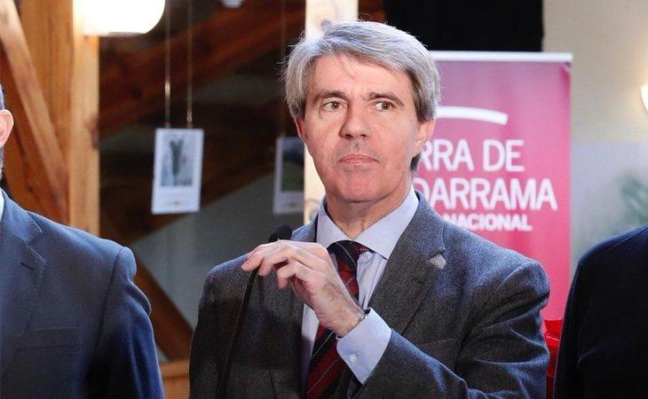 El presidente Ángel Garrido mantiene un fuerte conflicto con Carmena por el modelo de movilidad en Madrid