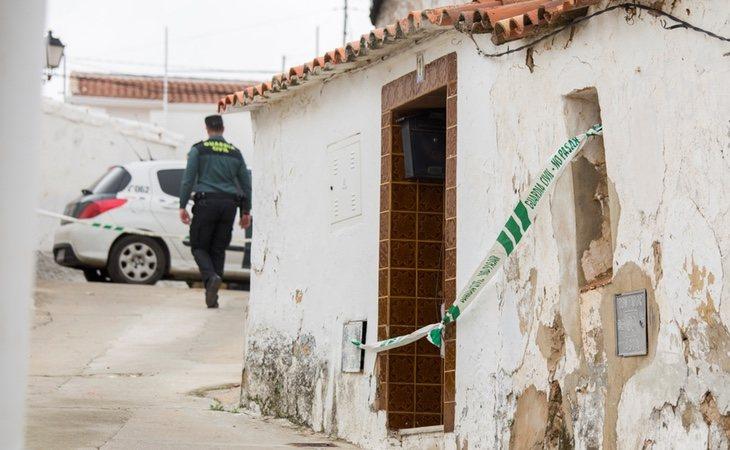 El asesino confeso habría introducido a Laura a la fuerza a su casa