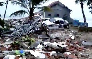 Un tsunami deja 222 muertos y 750 heridos en Indonesia