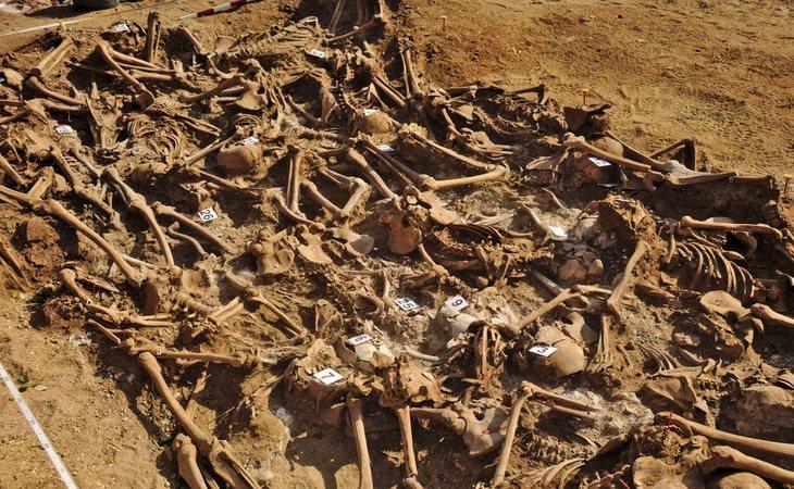 El presidente popular de Castilla y León ya está subvencionando excavaciones