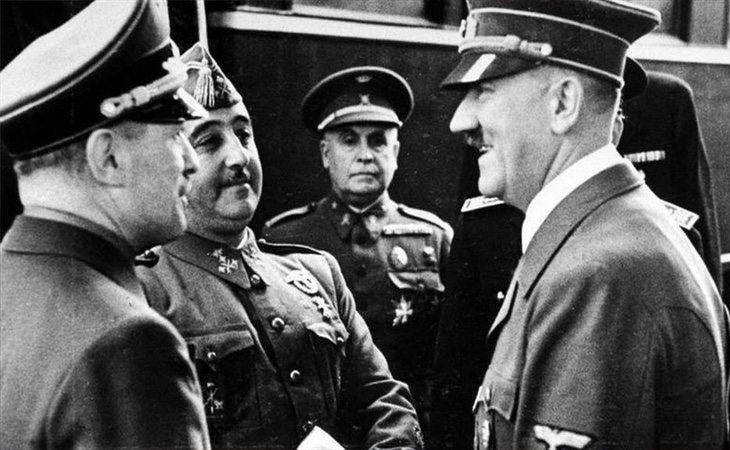 El autor asegura que Franco fue el responsable de cambiar el desarrollo de la II Guerra Mundial