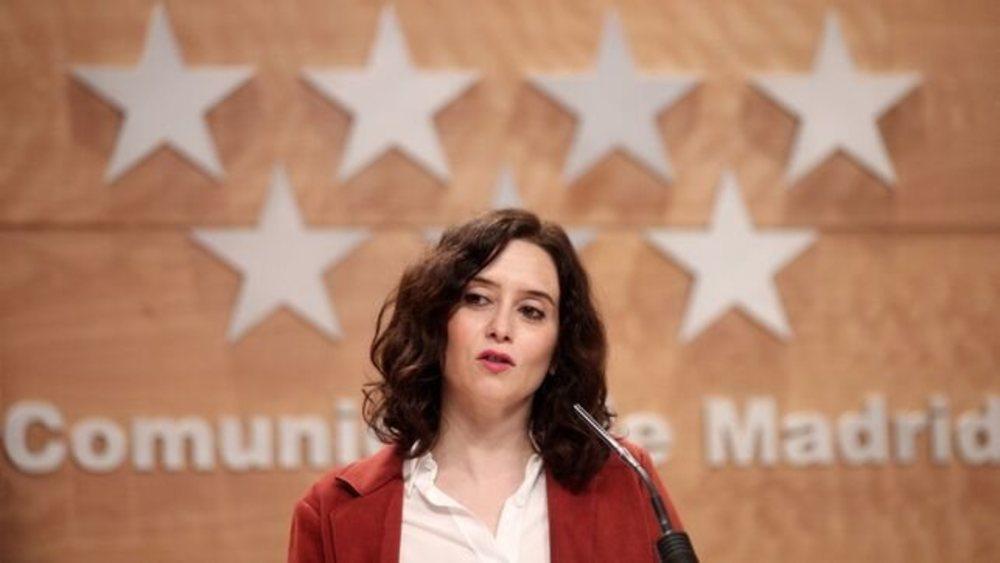 La presidenta Isabel Díaz Ayuso ha declarado luto oficial en la Comunidad de Madrid por el coronavirus