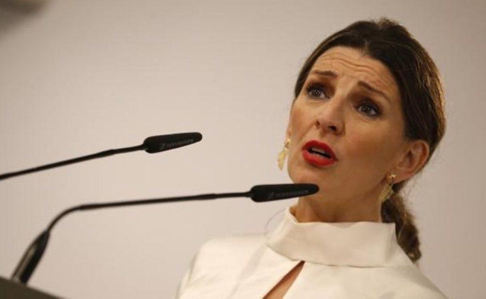 La ministra de Trabajo, Yolanda Díaz, ha defendido que el permiso retribuido implica la cesión de empresarios y trabajadores