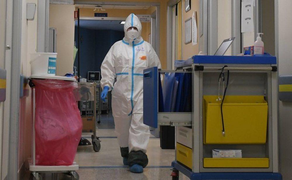 Italia supera los 30.000 pacientes recuperados