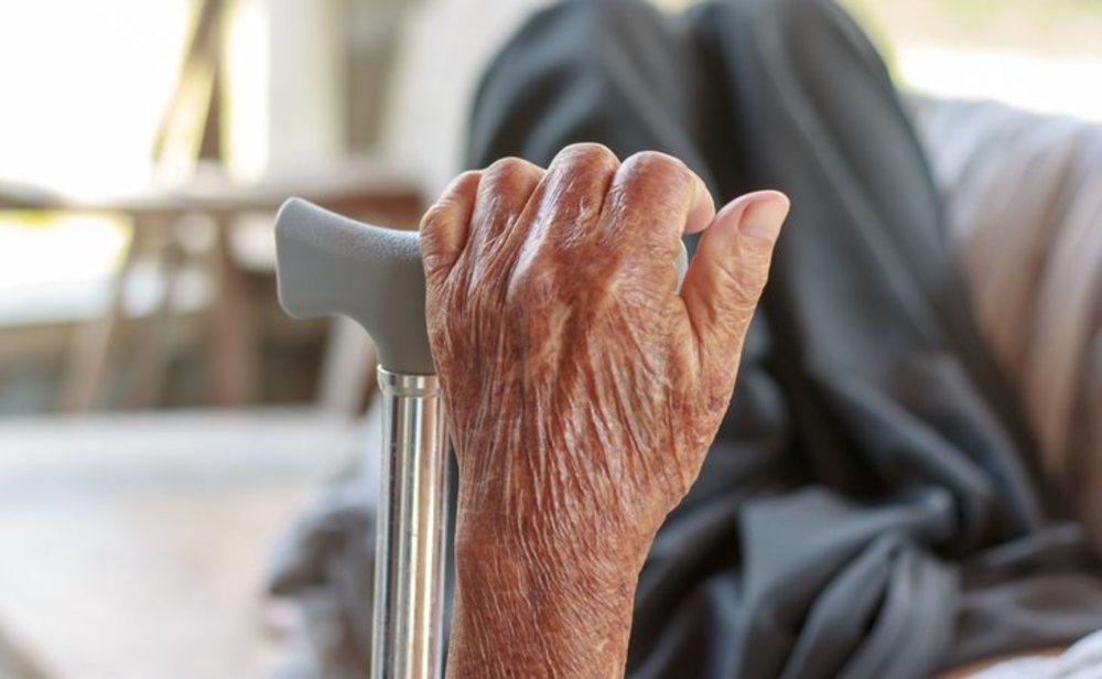 El coronavirus se ceba en las residencias de ancianos