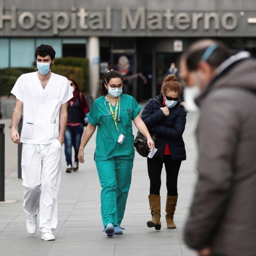 El número de contagios continúa aumentando en España