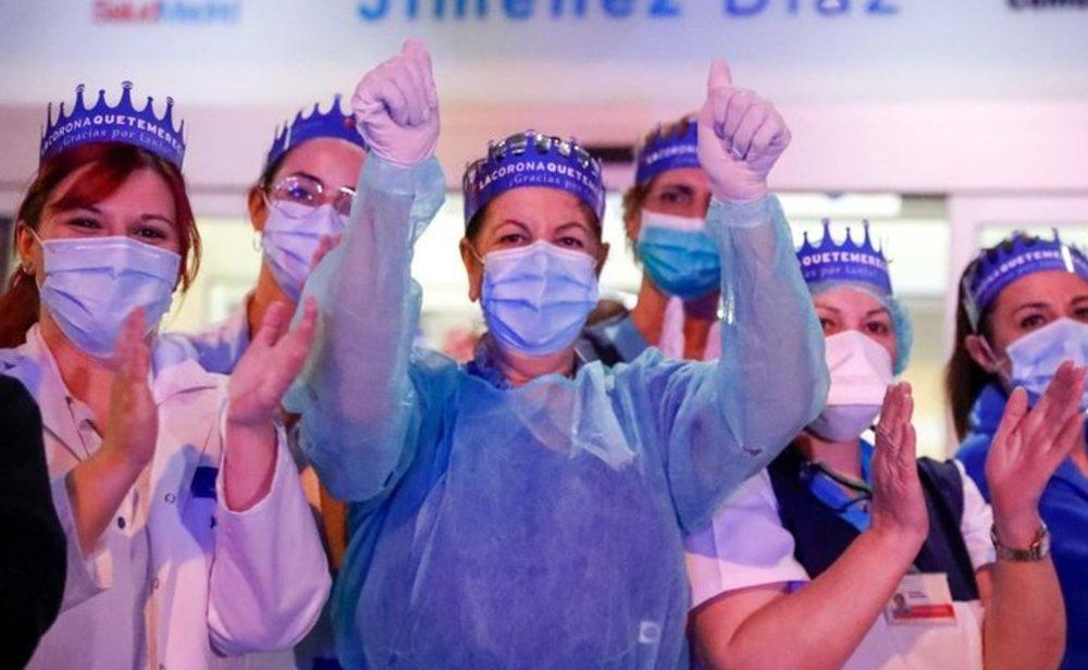 Aplauso de los sanitarios durante la crisis del coronavirus