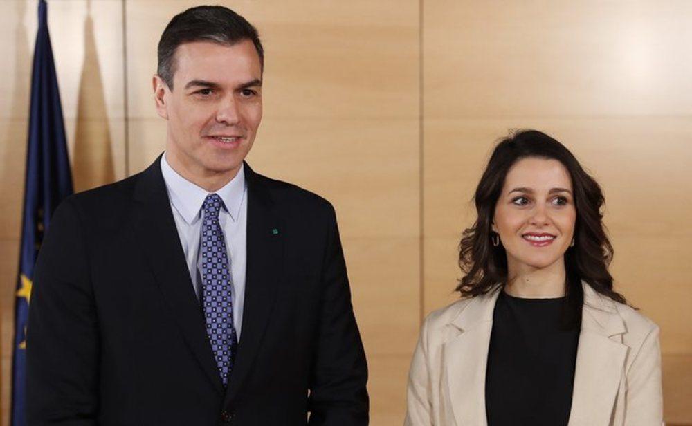 Pedro Sánchez e Inés Arrimadas alcanzan un acuerdo para la prórroga del estado de alarma