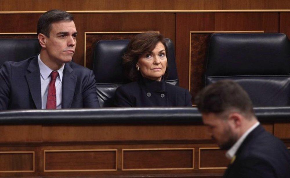 Pedro Sánchez, Carmen Calvo y Gabriel Rufián en el congreso de los diputados