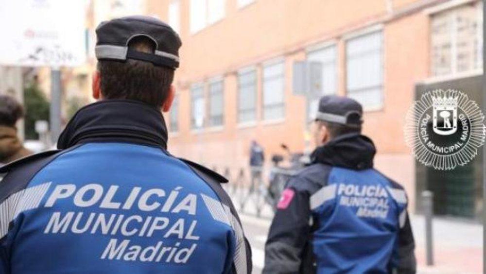 La Policía Municipal de Madrid ha desalojado 400 fiestas en casas y 97 botellones durante el fin de semana