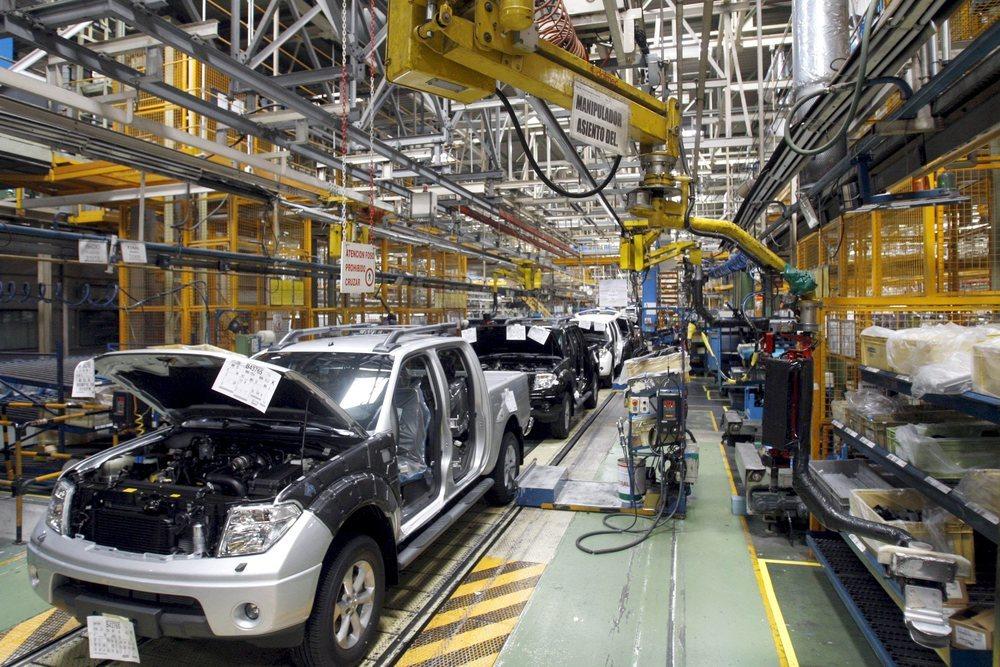 Nissan cerrará su planta de Barcelona