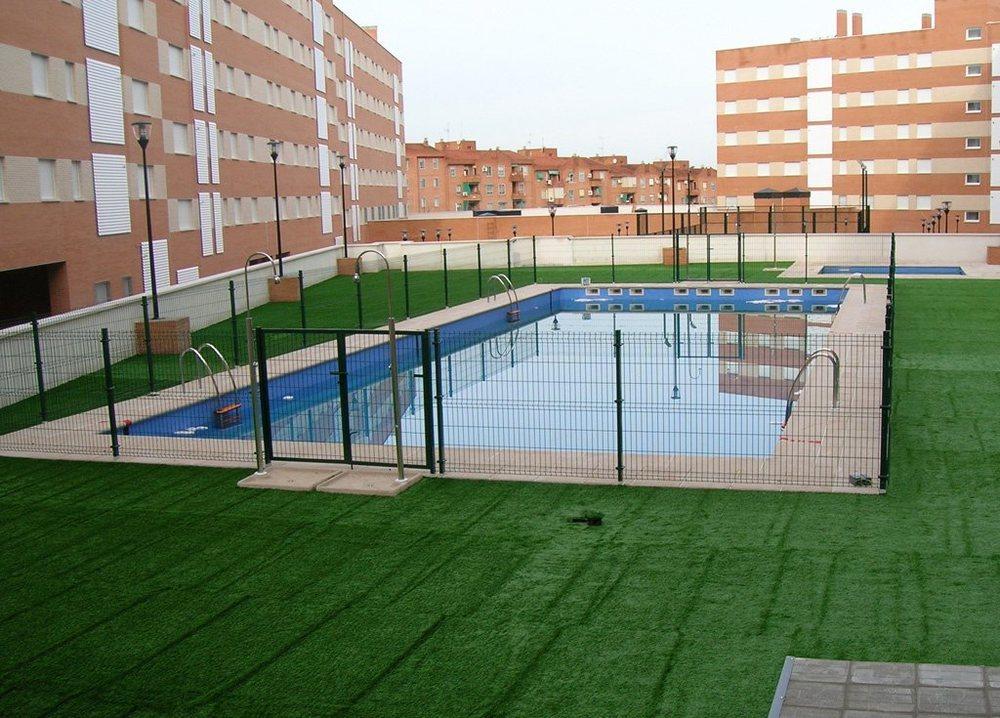 La apertura de piscinas comunitarias no se contempla hasta la fase 2 y con grandes restricciones