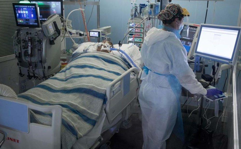 Sanidad está corrigiendo los datos de contagios y muertes por coronavirus