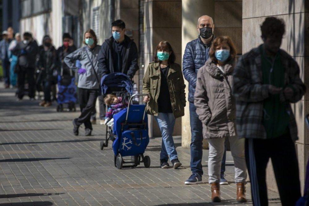 Sanidad notifica un muerto diario por coronavirus por tercera jornada consecutiva
