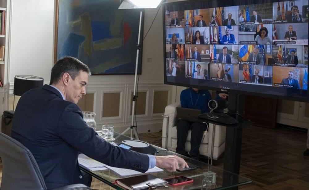 Reunión telemática de Pedro Sánchez con los presidentes de las Comunidades Autónomas