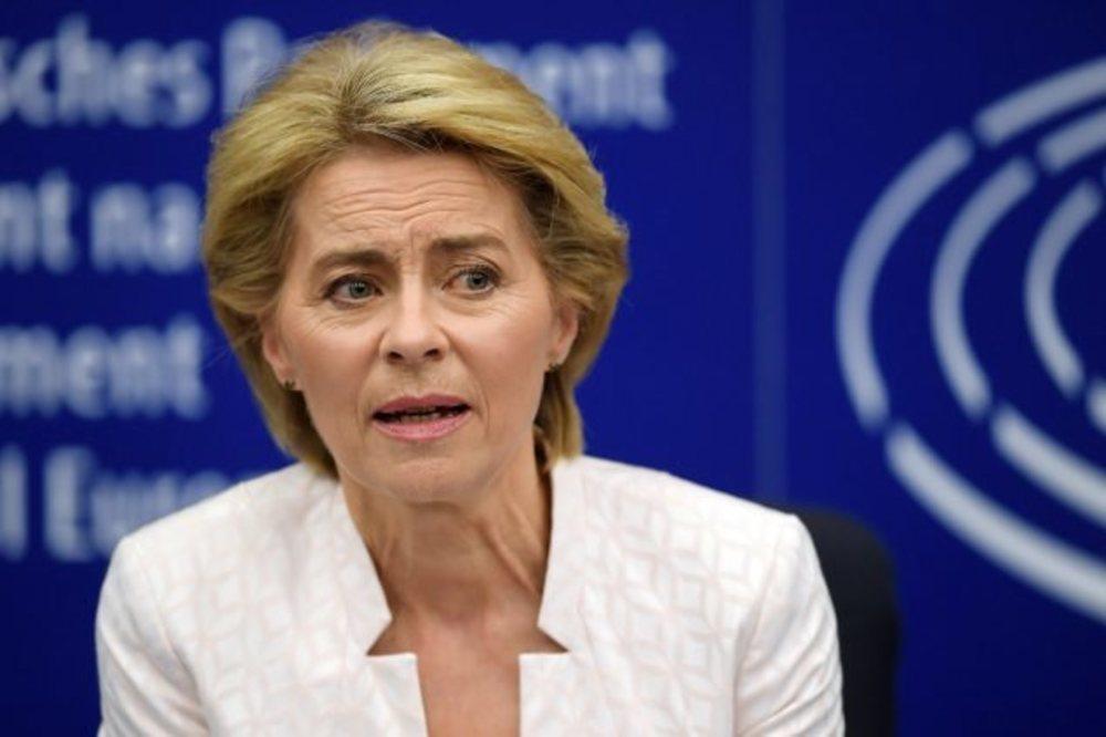 La UE publica la lista de 15 países seguros con los que podría abrir la frontera del espacio Schengen