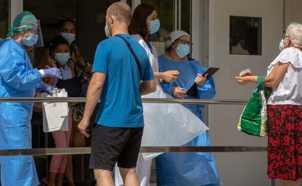 Los rebrotes de coronavirus complican la situación en España