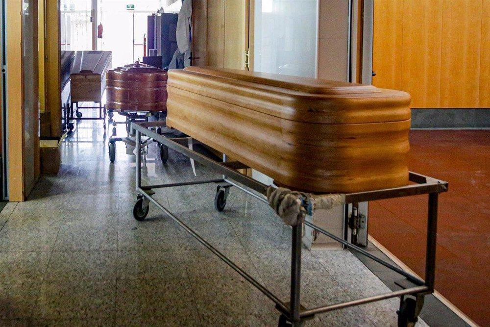 La segunda ola ha llevado a reforzar los servicios funerarios