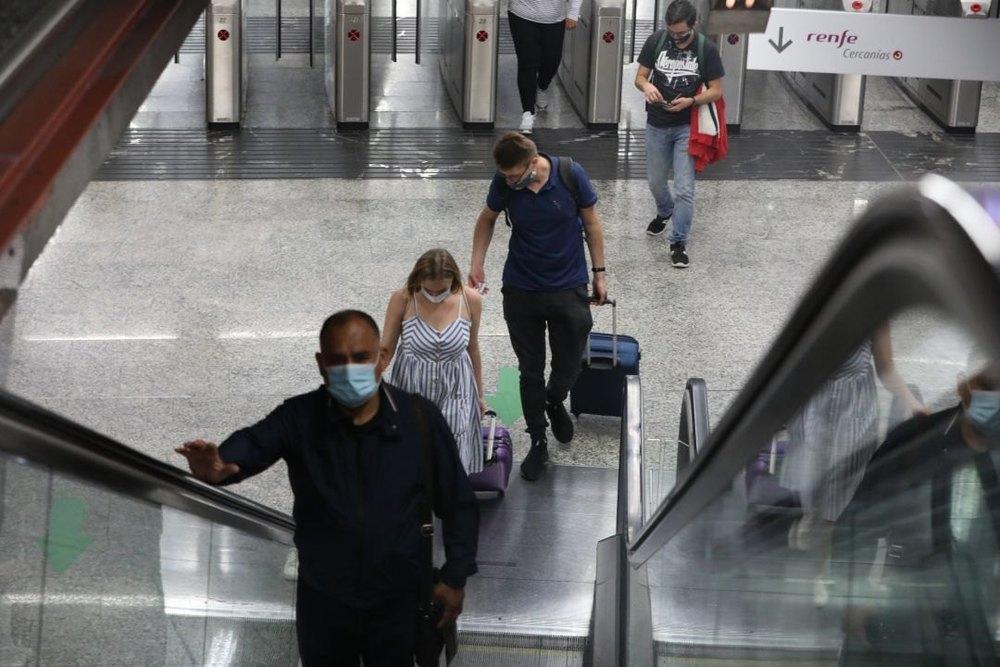 Madrid y Navarra son las comunidades con mayores cifras de contagios en España